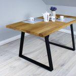 Dekoracyjny Stół z Naturalnego Drewna