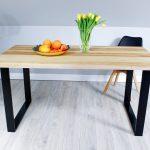 Stół z Naturalnego Drewna na Metalowej Podstawie
